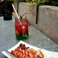 Bluesmile Cafe บลูสไมล์คาเฟ่