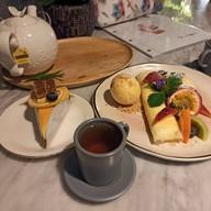 Bor-BaiMai Coffee & Food Sattahip