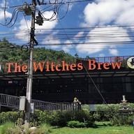 หน้าร้าน The Witches Brew Diner & Bar
