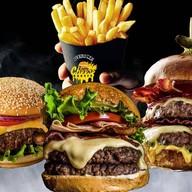 "OverSize Cheese Burger ""halal"" นวลจันทร์ 36"