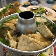 ข้าวต้มปลา หัวปลาหม้อไฟมหาลาภ