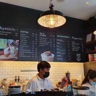 เมนู EARLY BIRD Coffee & Dessert Bar
