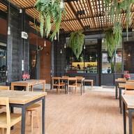 บรรยากาศ EARLY BIRD Coffee & Dessert Bar
