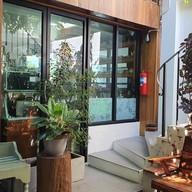 บรรยากาศ ศรีเสนาะ Srisanor Cafe
