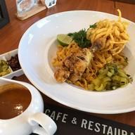 เมนูของร้าน CHOM Cafe & Restaurant