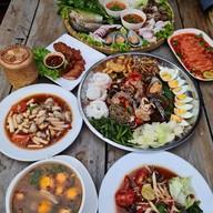 เมนูของร้าน ศาลาไทย (พัทยา)