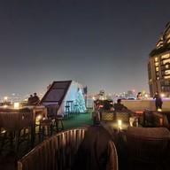 บรรยากาศ Vanilla Sky Rooftop Bar