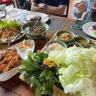เมนูของร้าน Chantra Khiri Chalet Chiangmai