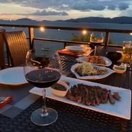 The Cliff Restaurant Lipe