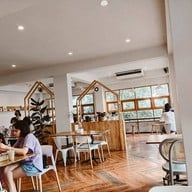 บรรยากาศ Hatta Zakka & Home Cafe พระราม 2
