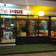 หน้าร้าน FIN Burger