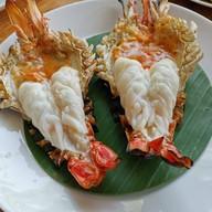 BUA ผัดไทย กุ้งแม่น้ำ