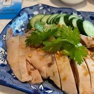 เมนูของร้าน ข้าวมันไก่เบตง จางเจียหยี 張家餘 (Baytong Chicken rice)