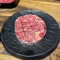 คนขายเนื้อ - BUTCHER BEEF&BEER สาขาเลียบด่วน เลียบทางด่วนรามอินทรา