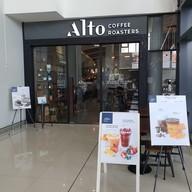 หน้าร้าน Alto Coffee Roasters เมกาบางนา