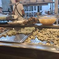 บรรยากาศ เฮียเหลา ข้าวต้มปลาปัญญาชน&เบียร์วุ้น