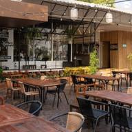 บรรยากาศ Sumo ซูโม Japanese Food & Coffee Sumo Japanese Food & Coffee