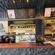 Kaiju Cafe (ลาดพร้าว-วังหิน) ลาดพร้าว-วังหิน