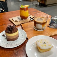 Dose Espresso Thailand ถนนศรีสุข