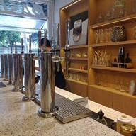 บรรยากาศ Eureka Coffee Tap Saladaeng ศาลาแดง