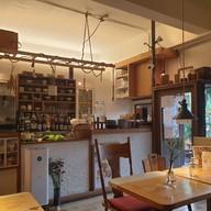บรรยากาศ (un) FASHION Cafe & Dining