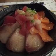 Ryoshi Sushi Bar Lasalle's Avenue