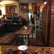 Double Dogs Tea Room