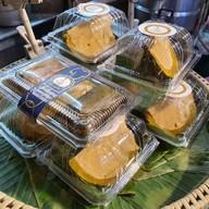 เมนูของร้าน สิริรัช ขนมไทย ประตูผี
