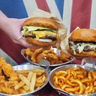 Burger X Pop-up Shop @ Emporium