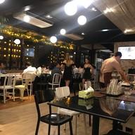 Flow Restaurant and Bar พหลโยธิน 9