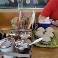 ก๋วยเตี๋ยวเรือ ผัดไทย ข้าวกะเพรา หมูสะเต๊ะ ขนมถ้วย เตี๋ยวเรือ เตี๊ยวเรือ