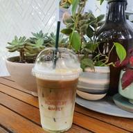 เมนูของร้าน กาแฟคนรักษ์สวน ราชบุรี