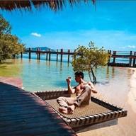 The Blue Sky Resort (Maldives) เกาะพยาม