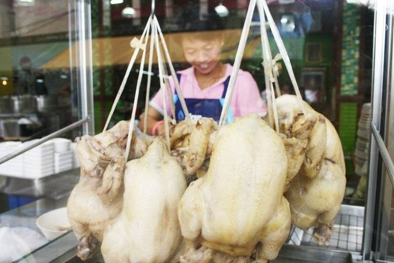 ร้านนี้วันนึงใช้ไก่ไม่ต่ำกว่า 100 ตัว