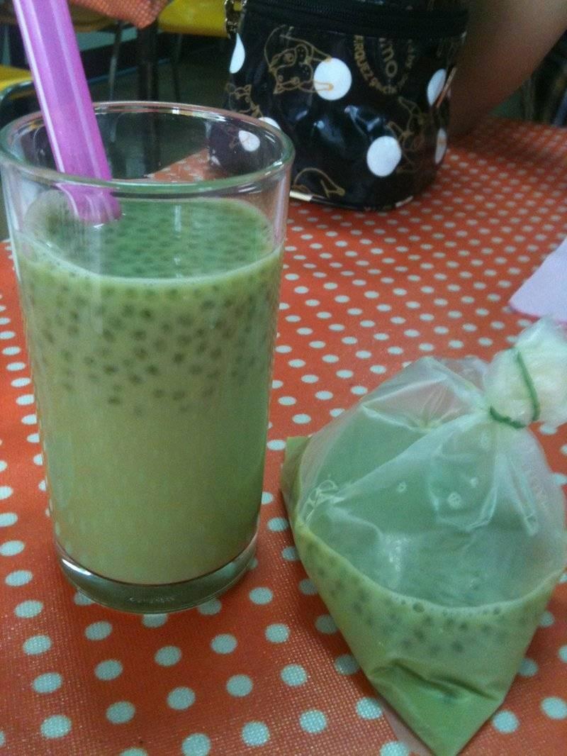 น้ำเต้าหู้ชาเขียว