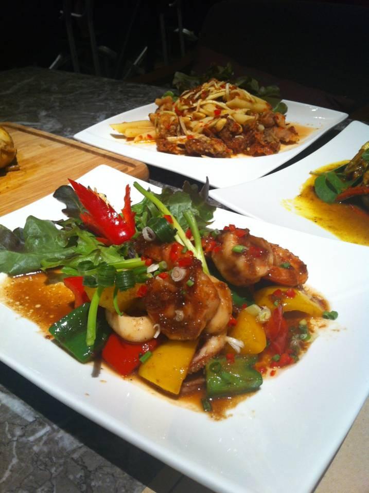 Why97 Pub & Restaurant Asiatique