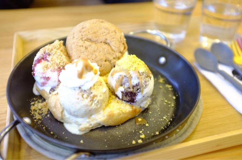 ไอศกรีมโคตรร้อน รสชาติอร่อยมากกินละฟิน
