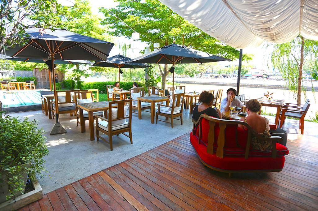 On The Ping Riverfront Eatery and Bar