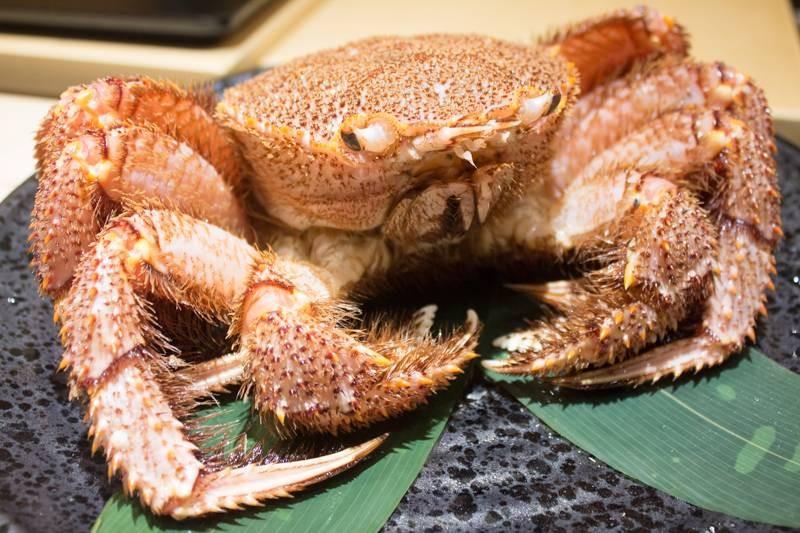 คั่นด้วย Japanese Hairy crab 3 จาน
