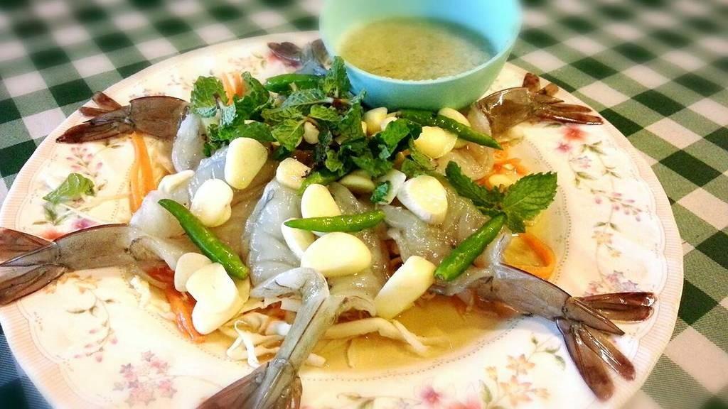 กุ้งแช่น้ำปลาจานเด็ด