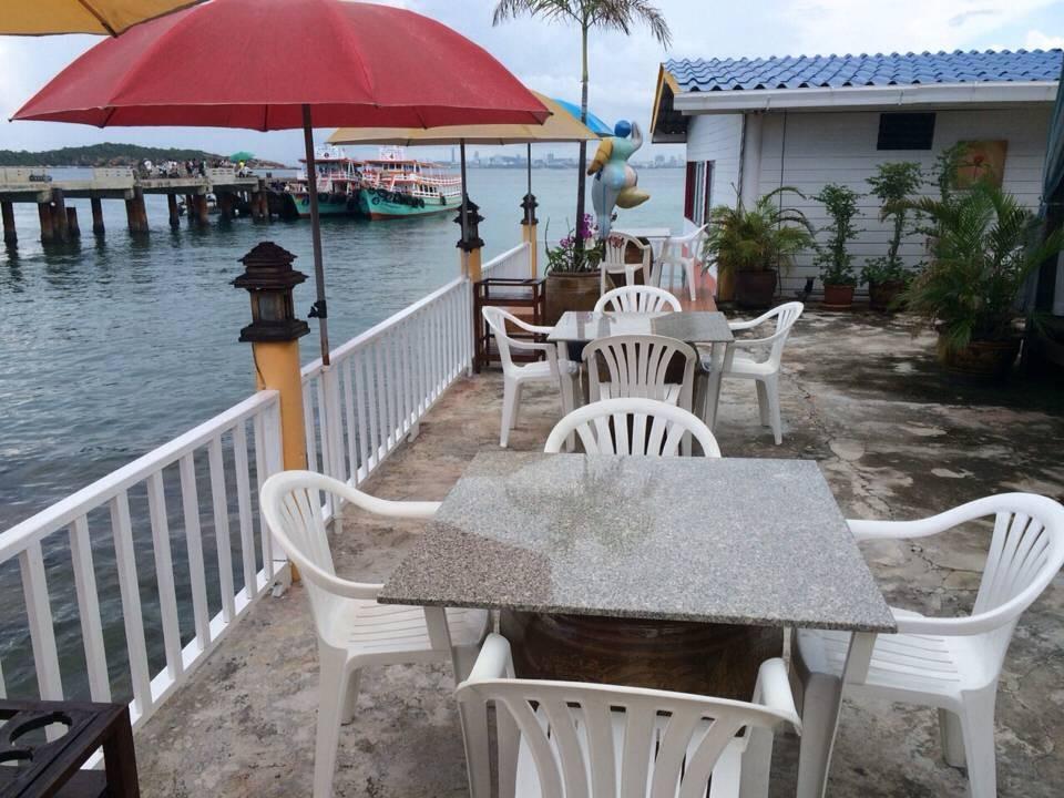 Lareena Resort by the sea Koh Lan