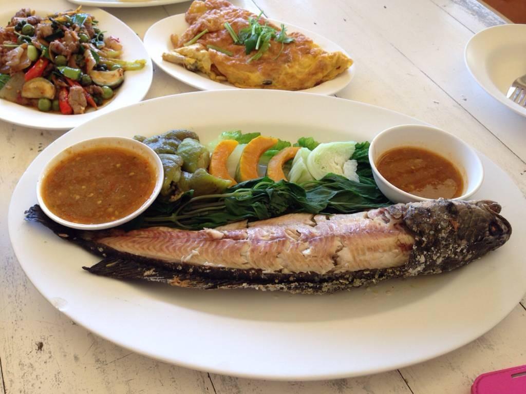 ปลาช่อนเผา เนื้อหว๊านหวาน