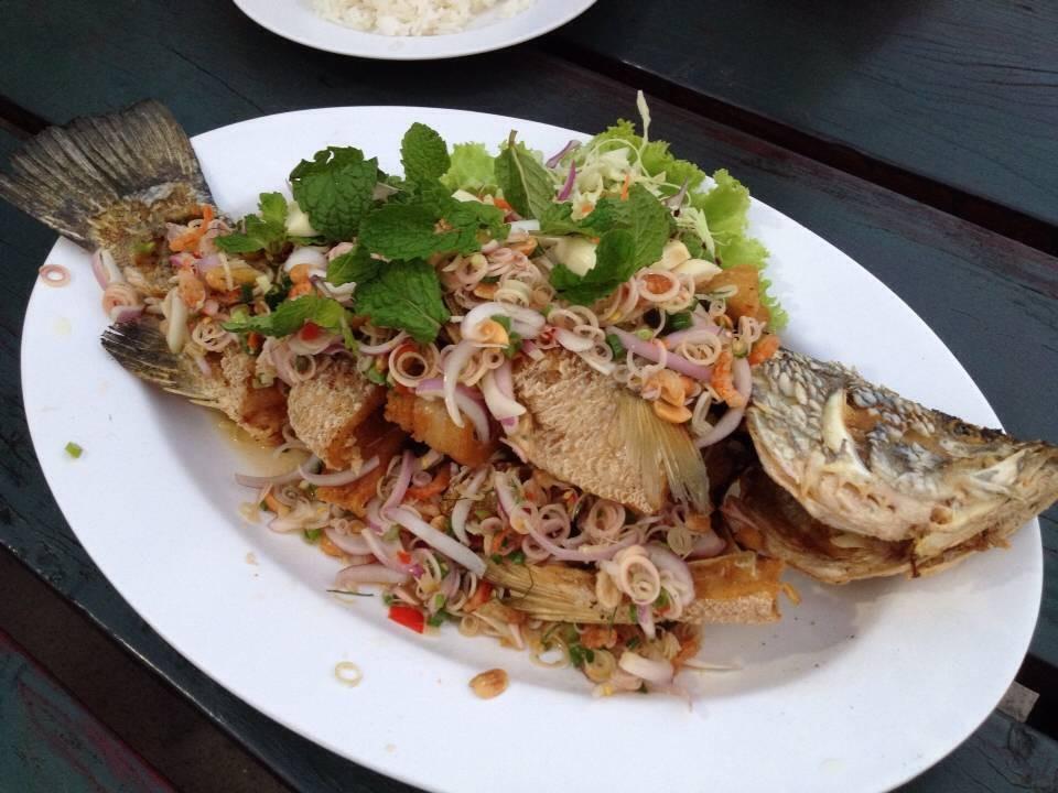 ปลากะพงสมุนไพร