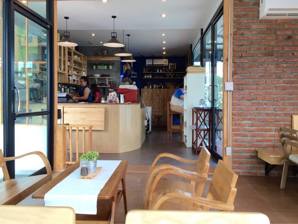 บรรยากาศในร้าน coffee farm