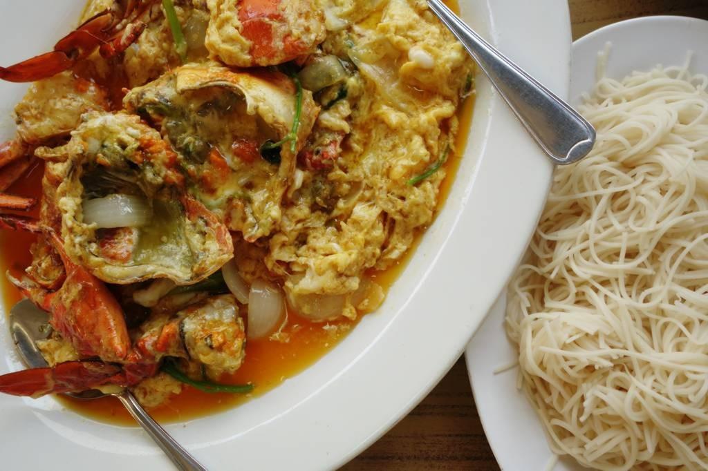 ปูไข่ผัดผง -7 ขีด (ปูโลละ 1,700)