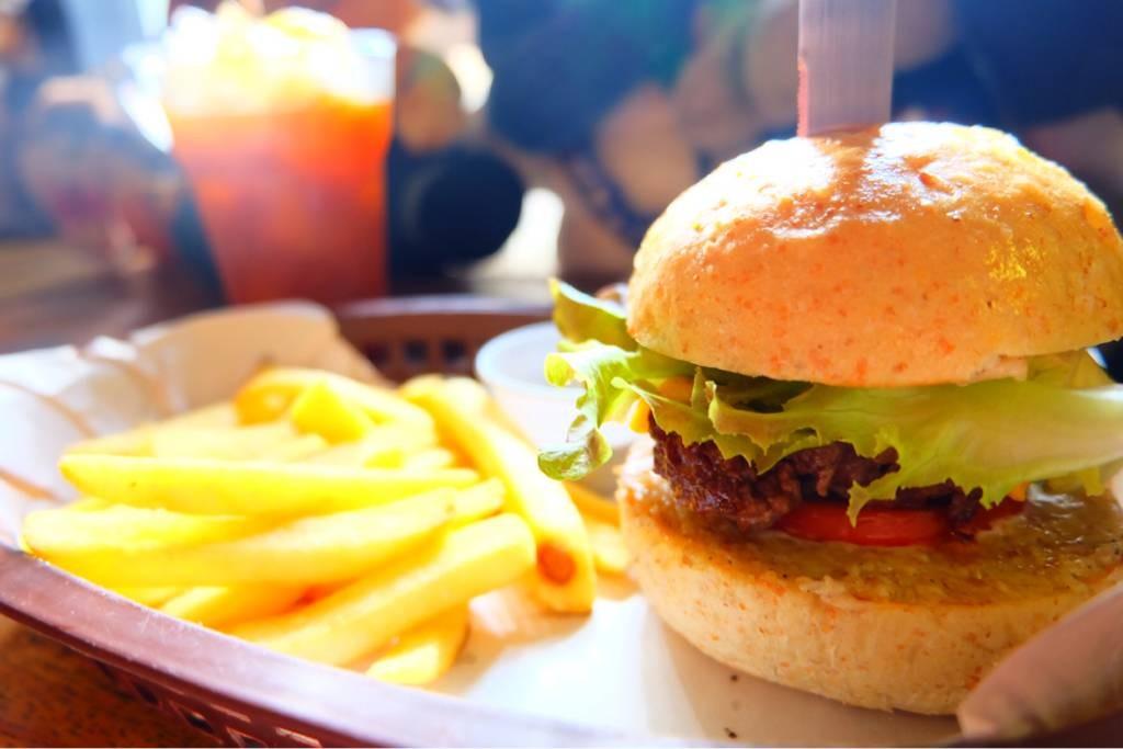 Escapade Burgers & Shakes