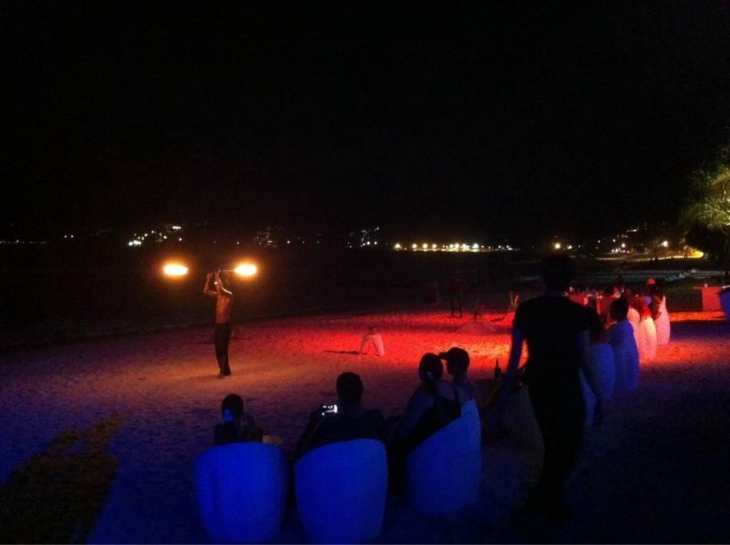 Baan Kamnan Beach Front