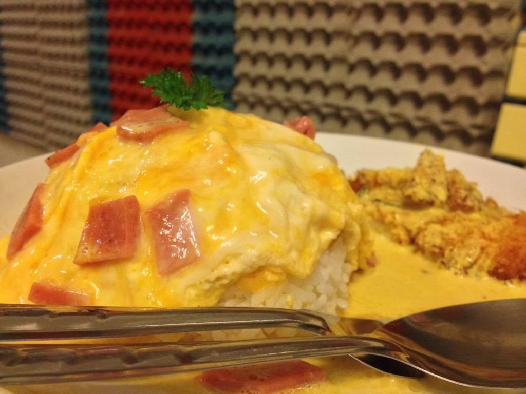 ไข่ข้นแฮม+ฉู่ฉี่ปลาทู