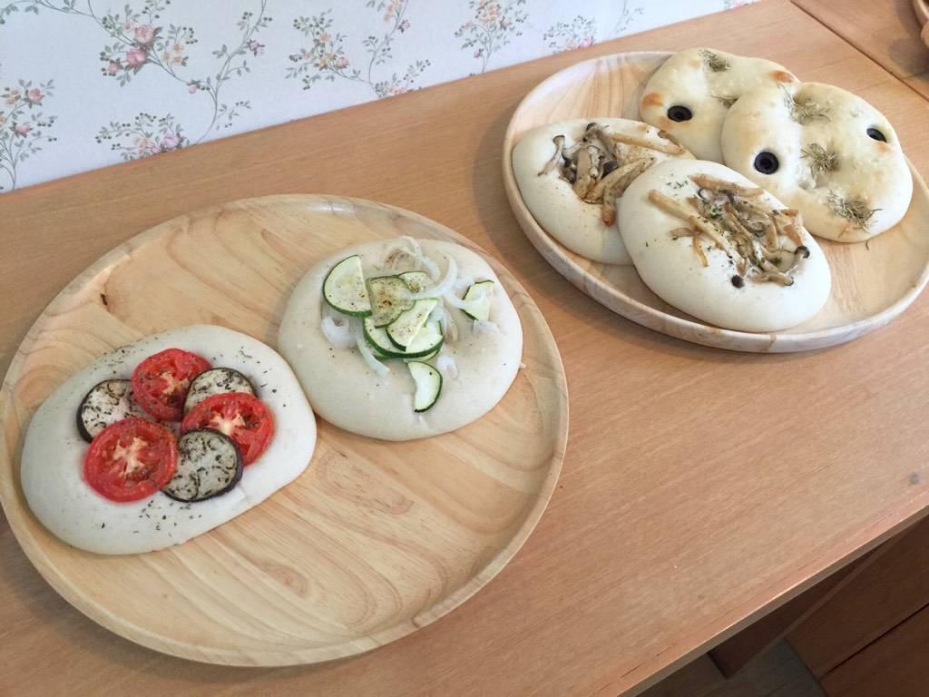 Bakery & Cafe Hanabachi