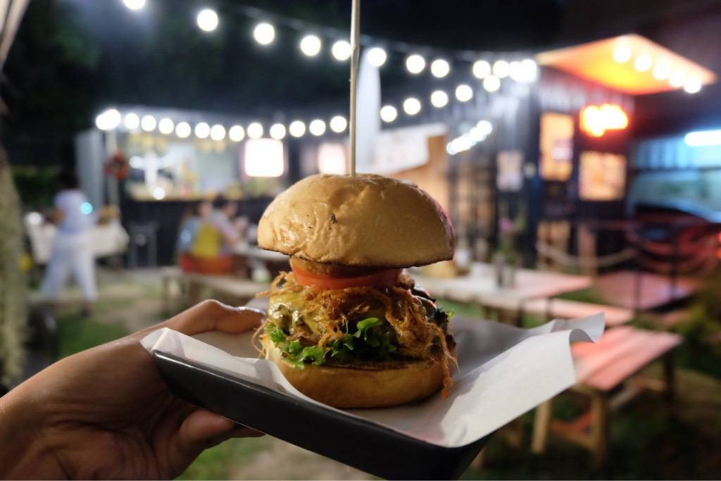Chiang Mai Spicy Burger